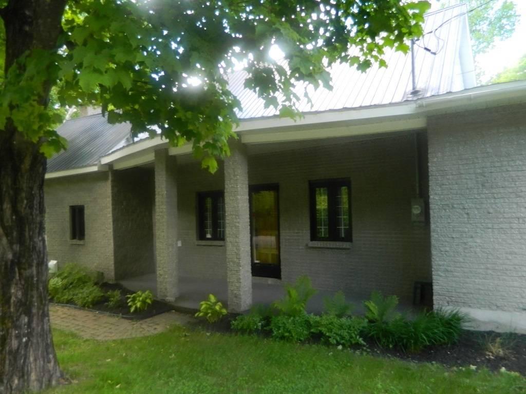 maison ancestrale et terre bois 233 e 224 vendre immoannoncextra